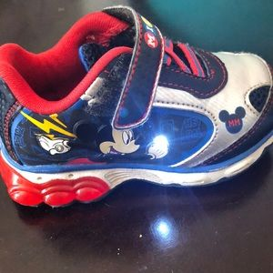 Toddler boys mickey mouse light up shoes
